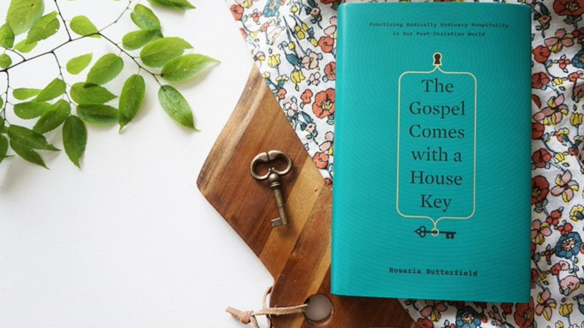 Book Review: The Gospel Comes with a House Key by Rosaria Butterfield